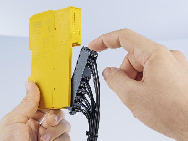 SICK har aktuelt lanceret ReLy-serien af hurtige sikkerhedsrelæer.