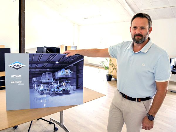Dana-overtagelsen af italienske Brevini, slår nu også fuldt igennem i Danmark, hvor selskabet nu hedder Dana SAC Danmark, oplyser administrerende direktør Tonni Ottar.