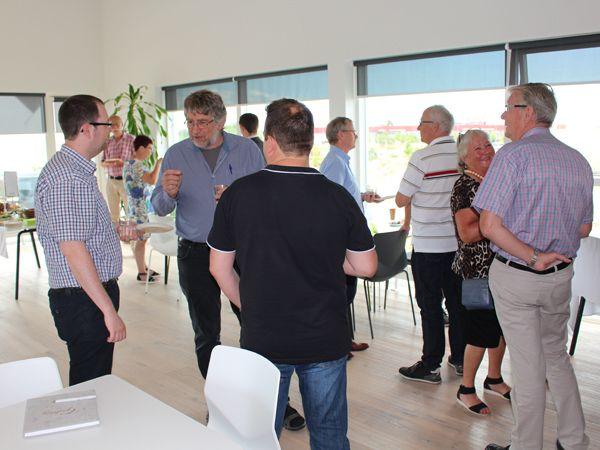 Kolleger, forretningsforbindelser og øvrige venner af PCSchematic var tirsdag mødt frem i det moderne domicil ved Roskilde, hvor 40 års-jubilæet blev fejret.
