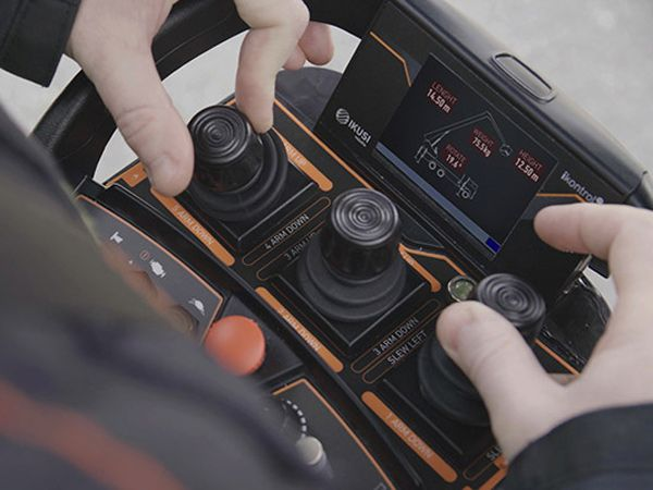 Danfoss har indgået aftale om køb af Ikusi-forretningsenheden Remote Control, der ventes indlemmet i Danfoss Power Solutions.