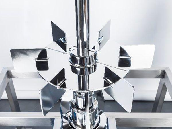 ZETA BMRT XXL er et magnetdrevent røreværk med et drejningsmoment op til mere end 400 Newtonmeter.