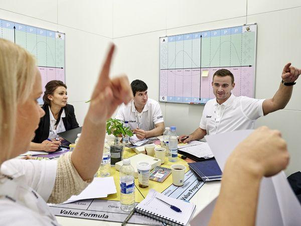 Cirka 2.500 studerende fra 45 lande håber at komme blandt de 50, der skal kæmpe om at vinde årets FoodTech Challenge & InnovateFood.dk-konkurrence.