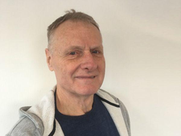 Kjeld Holmen er mandag budt velkommen i staben hos AVN Hydraulik i Brøndby.