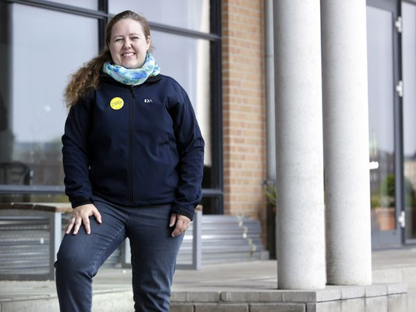 Formand for Ansattes Råd i IDA, Juliane Marie Neiiendam, understreger at undersøgelsen dokumenterer de unge ingeniørers høje mobilitet. (Foto: Henrik Frydkjær)