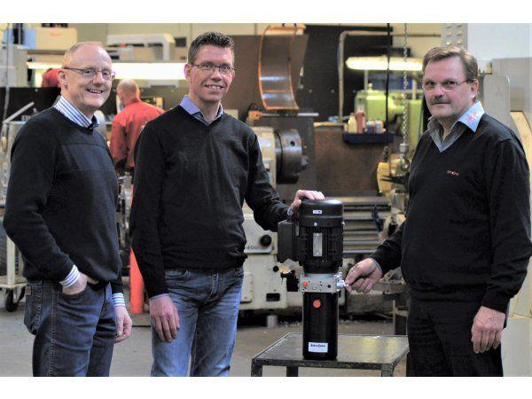 Hydra-Comp og Hydropac har arbejdet tæt sammen om automationsløsningen. Fra venstre ses Flemming Nielsen og Jesper Frederiksen, Hydropac, og Jørgen Jacobsen, Hydra-Comp.
