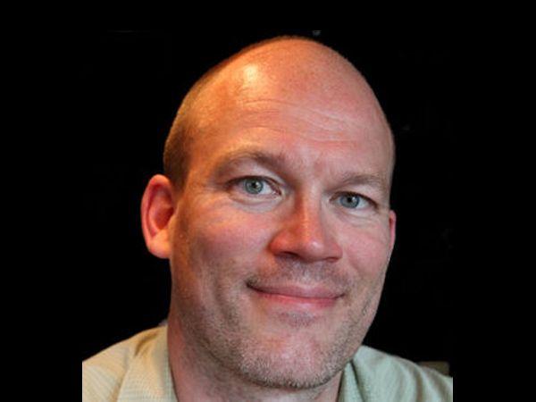 Formanden for Ingeniørforeningens fagtekniske selskab IDA IT Kåre Løvgren frygter at CFCS får alt for elastiske beføjelser, hvis man indfører udkastet til ny lov om cybersikkerhed, som det er nu.