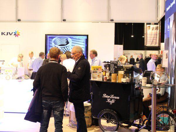 KJV er på plads på FoodTech 2018 med en Barista, og en god kop kaffe til de besøgende, som det også var tilfældet sidste år, på VTM 2017-messen i Odense.