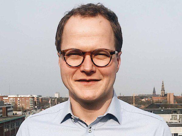 Cheføkonom hos Lederne, Andreas Enghoff, peger på, at et teknologiløft kræver ledere med digital forståelse.