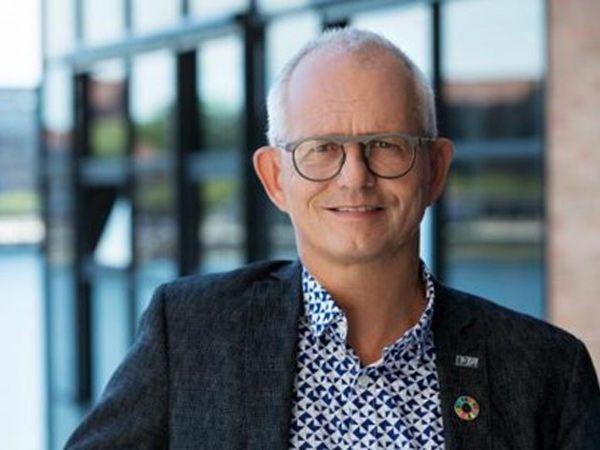IDA-formand Thomas Damkjær Petersen opfordrer danskerne til at bruge ens sunde fornuft, når man færdes i det digitale rum.
