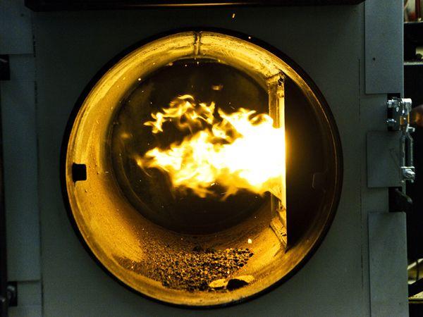 I SHREK vil konsortiet undersøge om et elektrofilter, udviklet til brug i brændeovne, kan tilpasses biomassekedler.