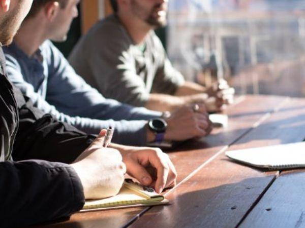 Det er oftest yngre ingeniører, scient.er og IT-specialister, der skifter stol, og den højeste jobskiftefrekvens findes blandt medlemmerne med syv års anciennitet, fremhæver IDA.