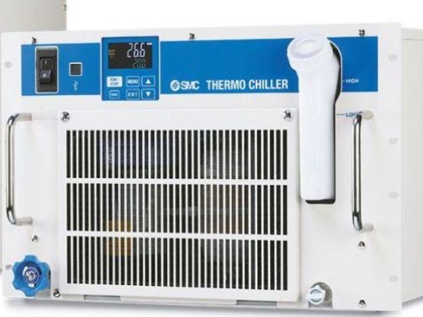 SMC' s HRR monteres i rack og giver stabil temperaturnøjagtighed, fremhæver SMC.