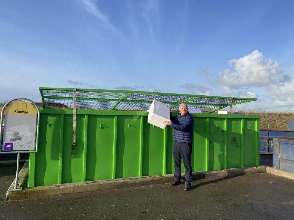 EPS Recycling er glad for Novi4S Genbrugsplads i Lemvig, hvor indsamlingsløsningen af flamingoen virker, hvilket er til gavn for miljøet.