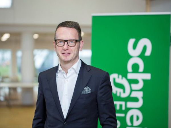 Pr. 1. juni er Thomas Träger tilbage i stolen som administrerende direktør i Schneider Electric Danmark.