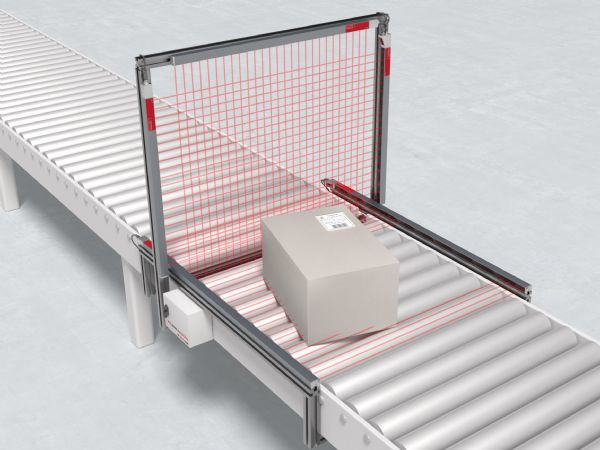 Leuzes CMS 700i-konturmålingsystem anbefales til eksempelvis udmåling af pakker i forbindelse med E-handel.