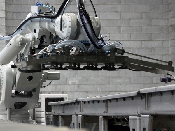 Odico-projektet omfatter panelrensning med robot, som er suppleret med State-of-the-Art visioneknologi og AI.