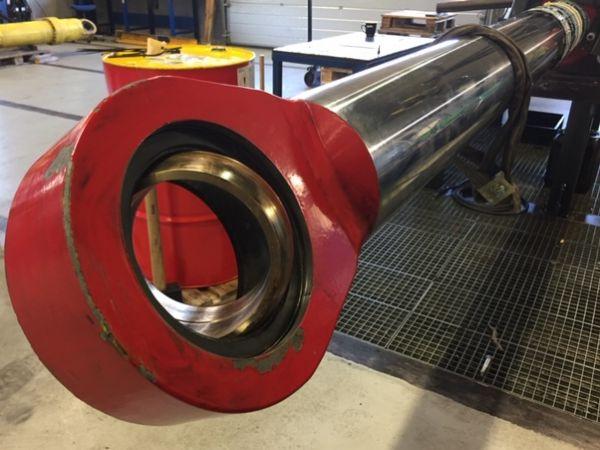 Hydrauliske cylindre er et fælles område for AVN Gruppens aktiviteter i AVN Hydropower og BB Hydraulik, som aktuelt har udløst en større ordre på 64 hydrauliske cylindre i Aalborg.