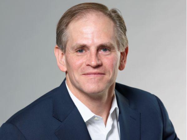 Fremadrettet vil Gregory Smith være CEO for Odense-baserede UR.