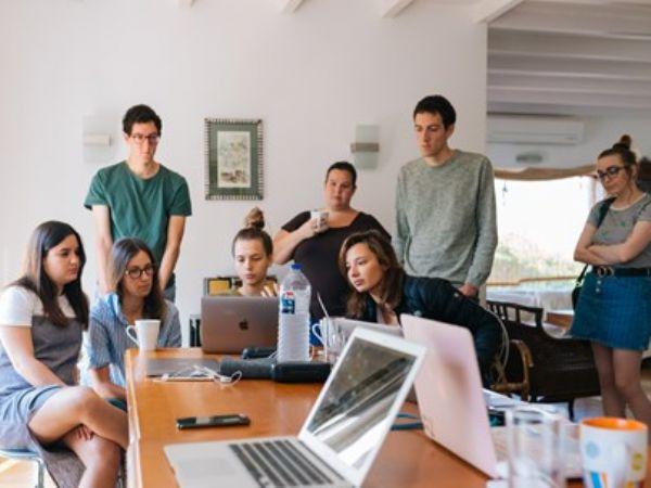 Virksomheder med under ti ansatte kan få det svært i 2020 på grund af Covid-19-udredelsen, og den efterfølgende krise. (Arkivfoto)