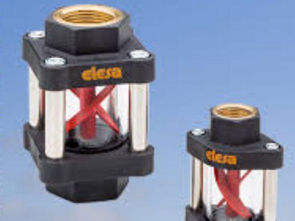HVF-E´'' s induktive sensor, der er fuldstændigt adskilt fra væskepassageområdet, og kan udskiftes i tilfælde af skade, læser passagen af de to rustfrie stålklemmer, monteret på rotoren, hvilket giver et signal til en PLC takket være en PNP-udgang.