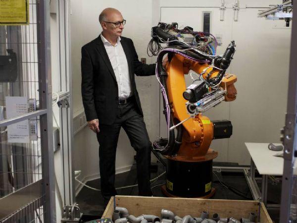 Scape-direktør Søren Bøving-Andersen har ved udgangen af 2020 modtaget en stor ordre fra Broen i Assens, der i 2021 skal have tre Bin-Picker-systemer leveret, der samlet andrager 1,86 millioner kroner.