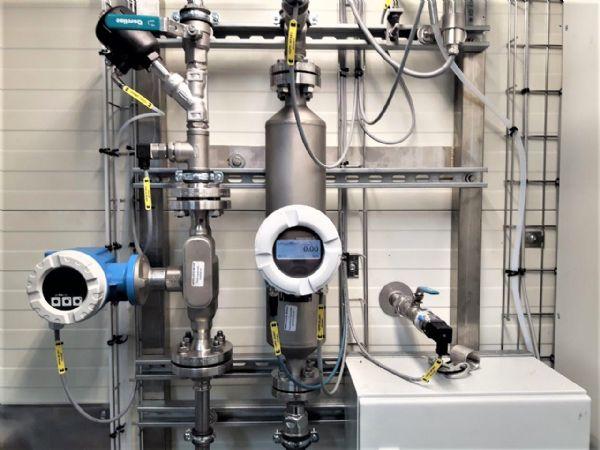 For at måle niveau, anvendes blandt andet Endress+Hausers niveauswitch FTL31 rigtigt mange steder igennem hele processen, blandt andet for at overvåge at procestanken ikke bliver overfyldt, fremhæver Envotherm.