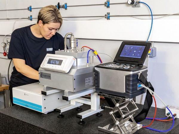 FORCE Technology har tilføjet yderligere måleudstyr i deres kalibreringsfacilitet, så man nu også kan kalibrere mikrotryk- og differencetrykmålere.