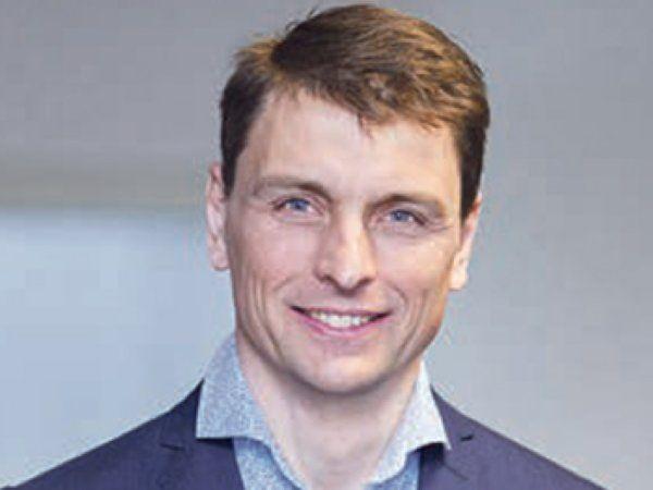 """DIRA-bestyresesmedlem, direektør Michael Nielsen, Beckhoff Automation, sender en kraftig opfordring til landets SMV'er om at komme med i """"automationsfesten""""."""