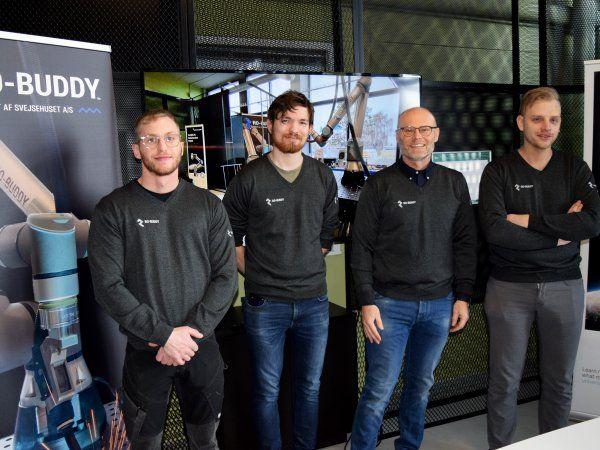 RO-Buddy teamet består af fra venstre: Theis Hagen Ravn-Sørensen, Casper Grønne Christensen, Lars Jakobsen og Jes Peter Jessen.