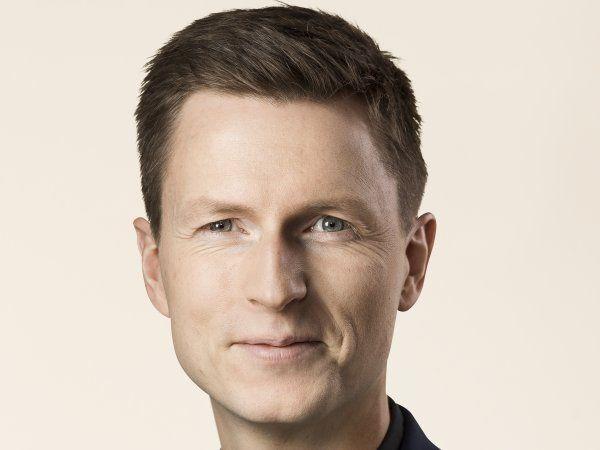 Uddannelses- og forskningsminister Jesper Petersen glæder sig over ASIM's resultater, og over at Uddannelses- & Forskningsstyrelsen sammen med ESA har forlænget aftalerne, så de danske observationer kan fortsætte på ISS til 2025.