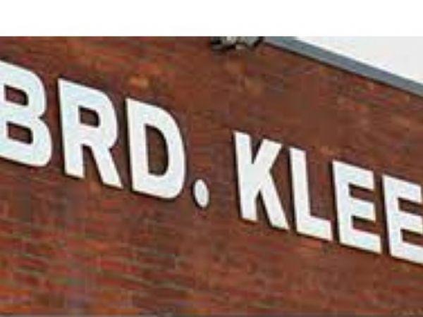 Brd. Klee-hovedsædet i Albertslund melder nu ud med en opjustering for 2020/2021.
