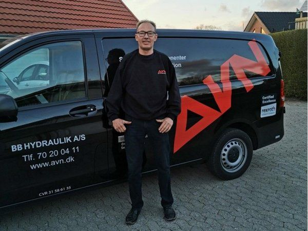 Reparationsopgave eller serviceeftersyn af hydraulikanlæg er blandt Mogens Kjærs kompetencer, fremhæver AVN Gruppen.