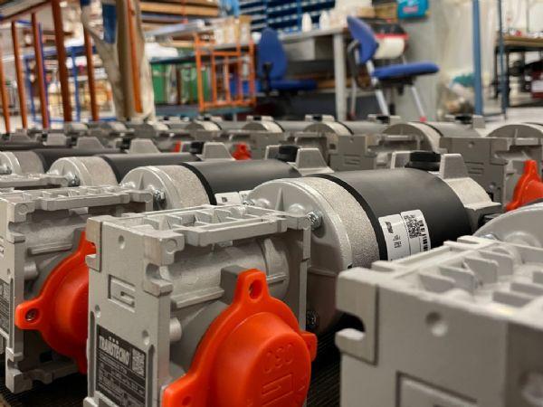 Bondy-teknikernes modificerede gearmotorer betyder nu færre produktionsstop og mindre spildtid hos kunden.